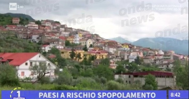 """""""Vieni a vivere a Roscigno"""""""